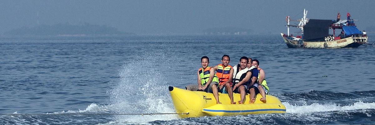 Banan Boat at Lembongan